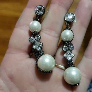 Gorgeous glass pearl earrings